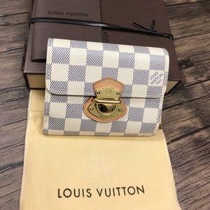 ♥️Authentic Louis Vuitton wallet Joey Damier Azur